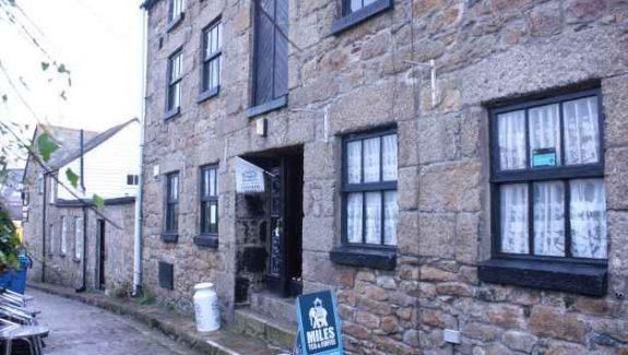 Penzance, Cornwall – Tearoom and Coffee House – LEASEHOLD £69,950  REF VC392C